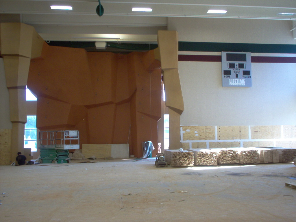 Lifetime Fitness Woodstock - Commercial Remodeling and Painting (15)
